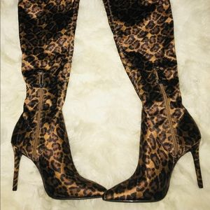 566c576296a0 Jessica Simpson Shoes - 🔥BN Jessica Simpson Leopard Over the Knee boots.